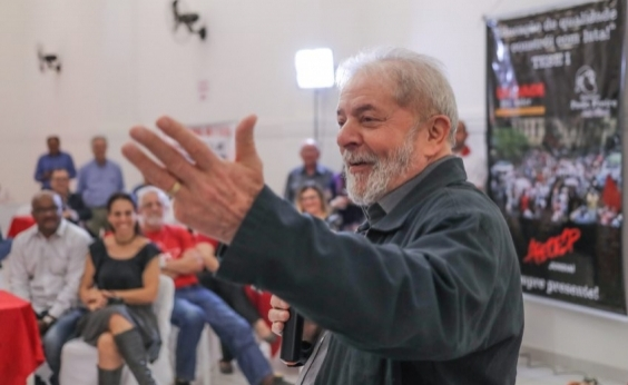 Defesa de Lula pede que Moro suspenda interrogatório de setembro