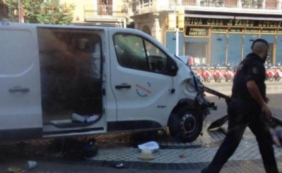 Sobe para 13 mortos e 50 feridos número de vítimas em ataque em Barcelona
