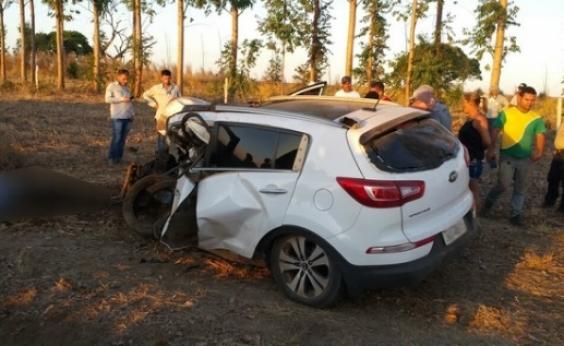 Colisão entre dois carros mata vereador e outras duas pessoas na BR-020