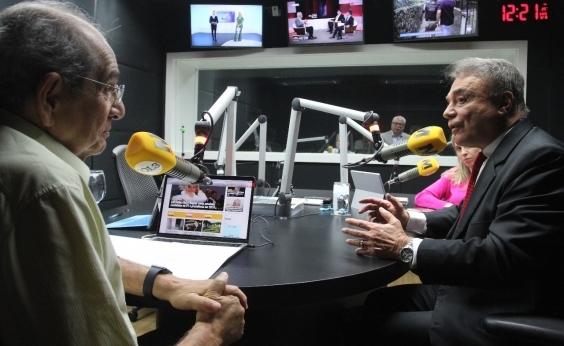 """Alvaro Dias contesta número de desempregados divulgado: """"Mais de 40 milhões"""""""