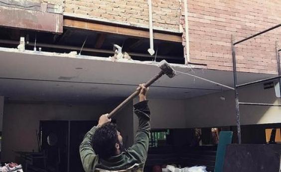 Ator da Globo recebe ação de despejo por dever R$ 50 mil em atraso de aluguel