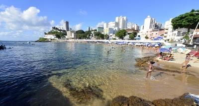 SALVADOR ☼ Corpo é encontrado por pescadores no mar do Porto da Barra
