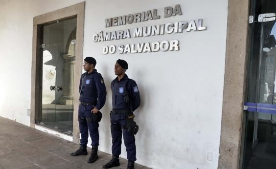 Nove Guardas Municipais são deslocados para a Câmara de Vereadores