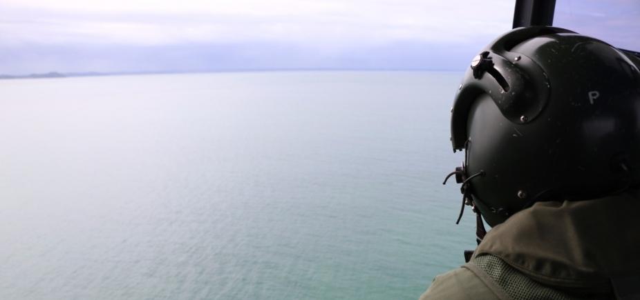 [Duas pessoas seguem desaparecidas após naufrágio em Mar Grande; Marinha retoma buscas]