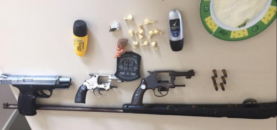 [Operação prende 16 suspeitos de envolvimento com tráfico de drogas]