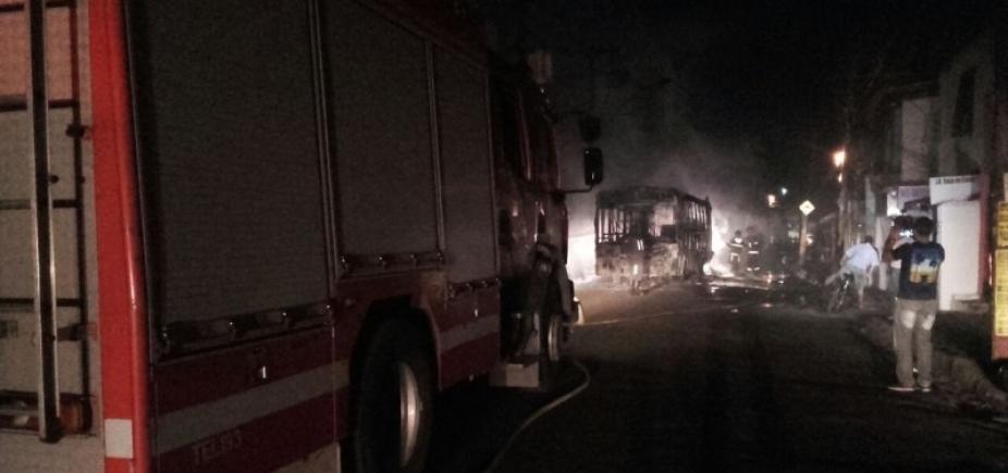 [Sobe para 16 o número de ônibus queimados em Salvador só em 2017]