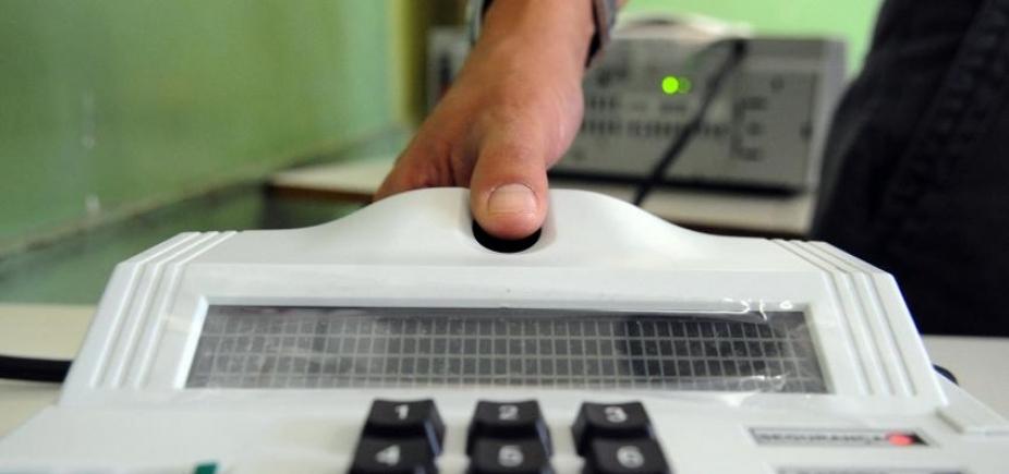 [Bahia atinge 1,5 milhão de eleitores biometrizados em 2017]