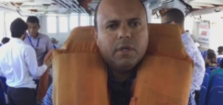 [Embarcação faz manobra brusca e vereadores passam por susto em blitz na Travessia Salvador-Mar Grande]