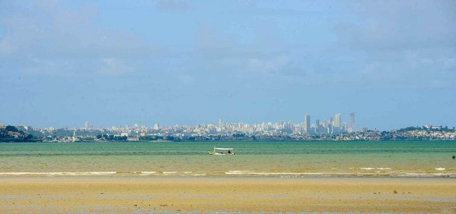 [Inema aponta 17 praias de Salvador como impróprias para banho neste fim de semana; veja lista]