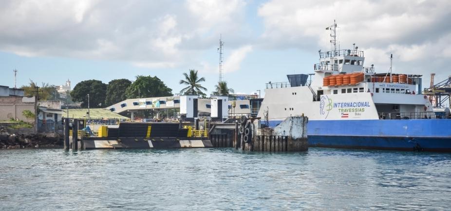 [Quatro embarcações operam sistema ferry-boat neste domingo; saídas acontecem a cada uma hora]