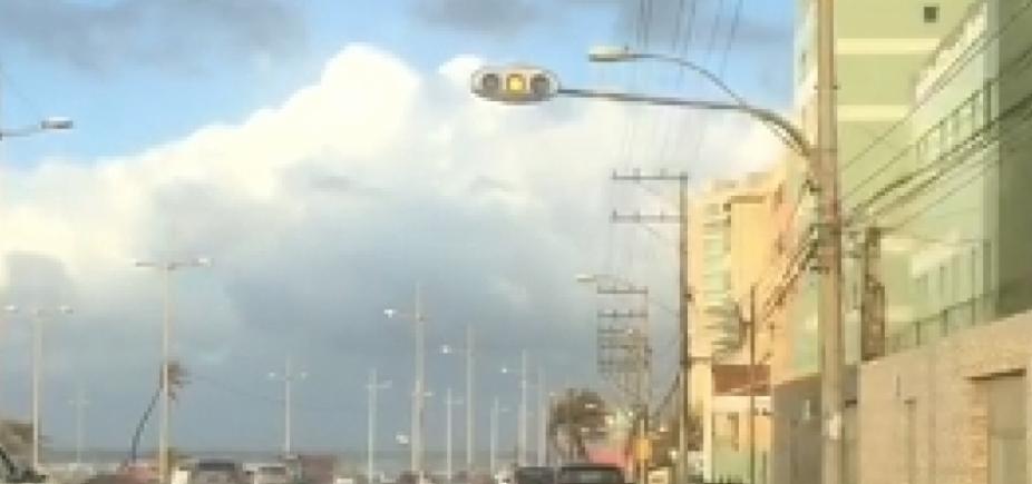 [Sinaleiras deixam de funcionar na Orla após fim de semana chuvoso em Salvador]