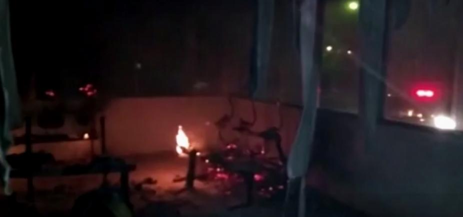 [Criminosos depredam e incendeiam posto de saúde em Ubaíra]