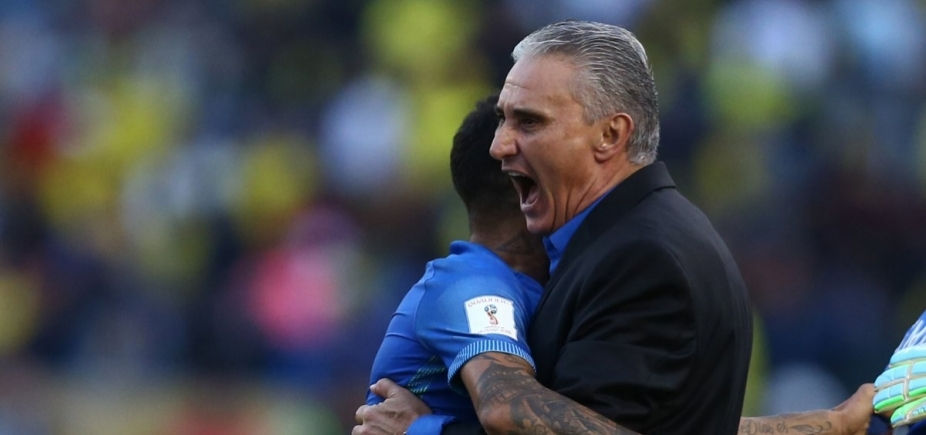 [Tite esboça seleção com Fernandinho e Firmino entre titulares contra Colômbia]