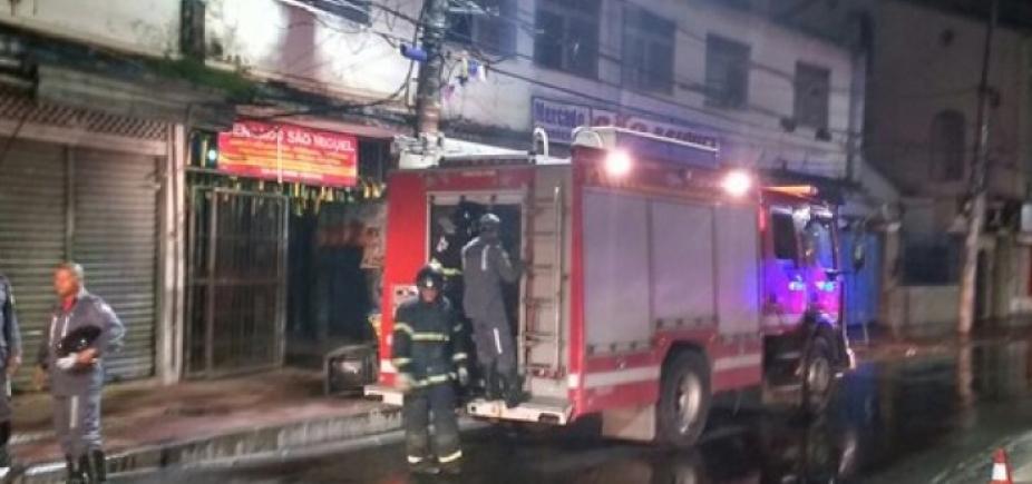 [Box do mercado São Miguel pega fogo durante a madrugada]