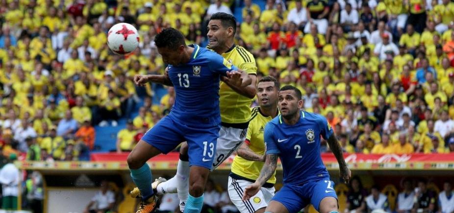 [Com golaço de Willian, Brasil empata com a Colômbia em 1 a 1]