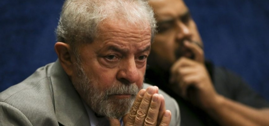 [Em denúncia ao STF, PGR aponta Lula como \