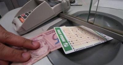 Mega-Sena: sorteio desta quarta-feira pode pagar prêmio de R$ 77 milhões