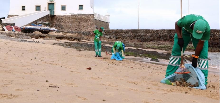 [Limpurb recolhe 50 toneladas de lixo por dia nas praias de Salvador; veja as mais sujas]