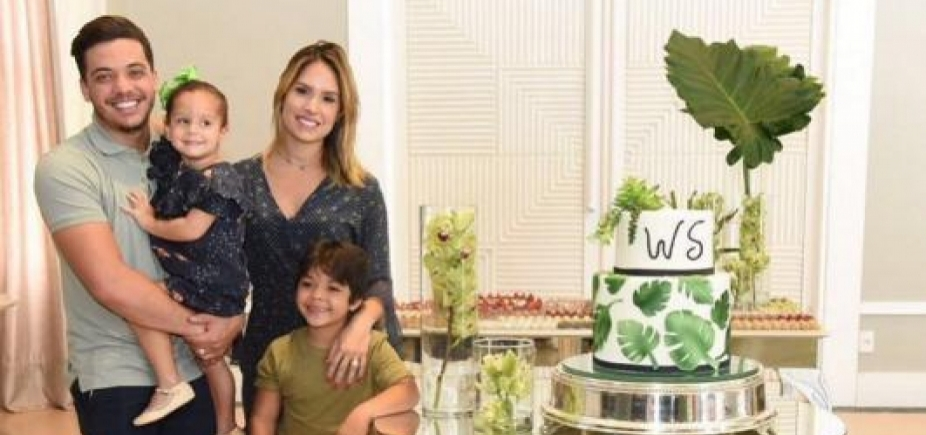 [Wesley Safadão faz 29 anos e ganha homenagem da esposa: \