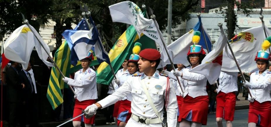 [Tradição marca desfile do 7 de Setembro em Salvador]