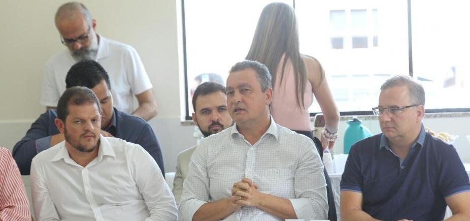 [ Rui e 29 prefeitos baianos discutem consórcios em saúde e infraestrutura nesta sexta]