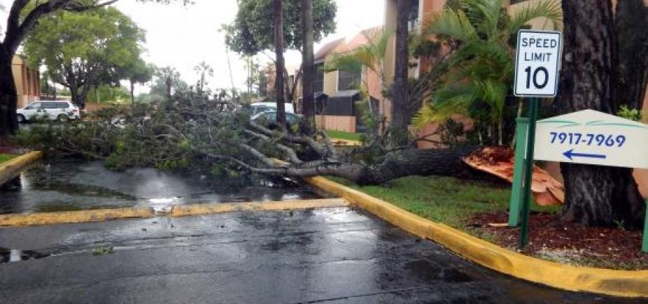 [Primeiras chuvas associadas ao Furacão Irma são registradas em Miami]