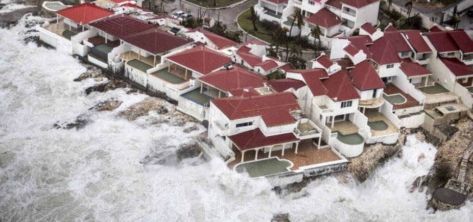 [Tempestades do Irma começam a atingir o sul da Flórida]