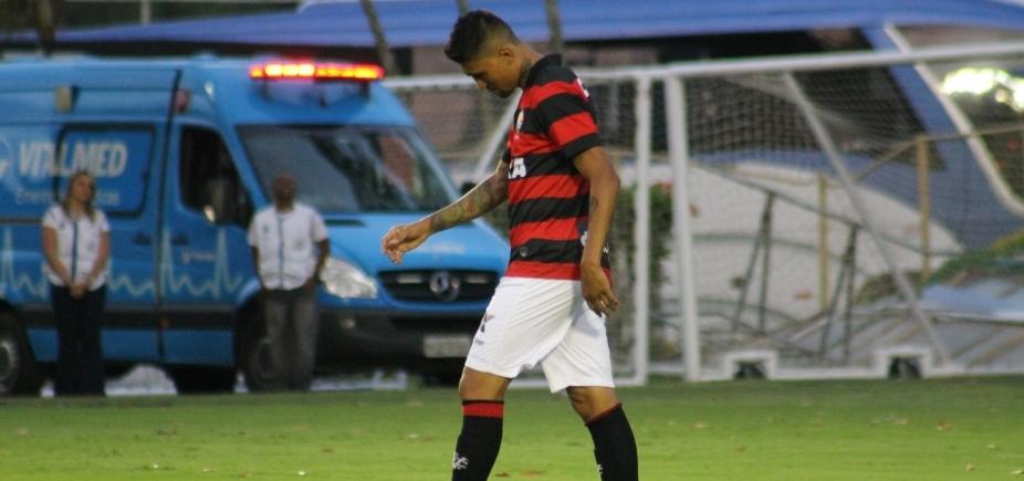 [Vitória empata com o Fluminense por 2 a 2 e volta para zona de rebaixamento]