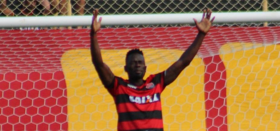 [Correia exalta Kanu após gol marcado contra o Fluminense: \