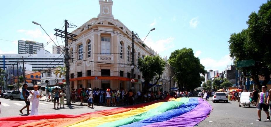 [Com quase 900 mil pessoas, Parada Gay é finalizada sem registro de crimes violentos letais]