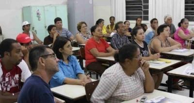 Relatório aponta que mais da metade dos adultos brasileiros não chegam ao ensino médio
