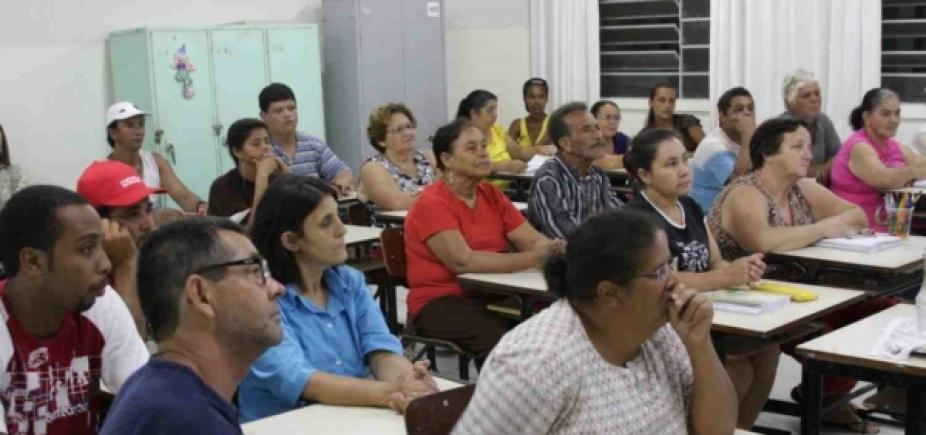[Relatório aponta que mais da metade dos adultos brasileiros não chegam ao ensino médio]