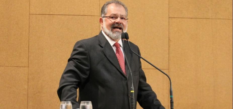 [Nilo critica PF e diz que TV Bahia soube de operação antes dele:
