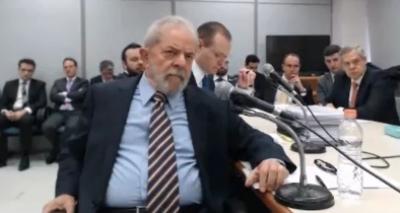 Lula nega atos ilícitos e diz que Palocci é