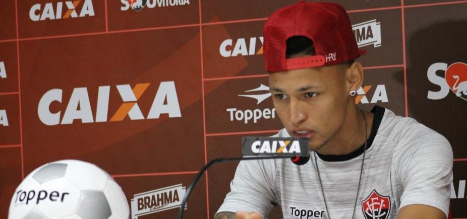 [Neilton exalta Mancini e prega foco para enfrentar o São Paulo no Barradão]