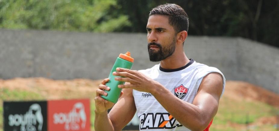 [Trelléz volta a treinar, mas segue como dúvida contra o São Paulo]