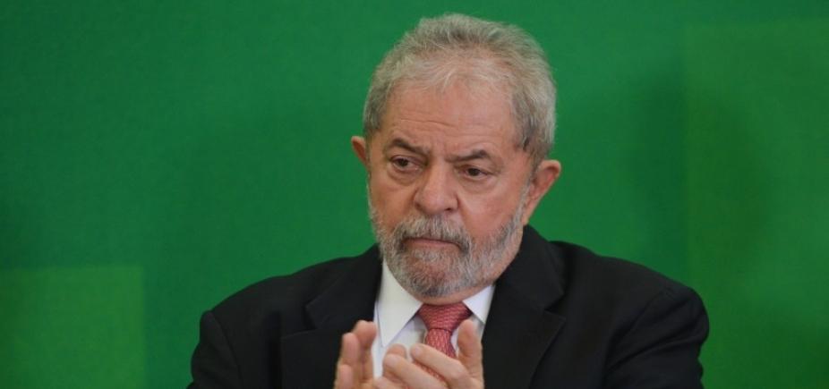 [Palocci relata entregas de dinheiro vivo a Lula, diz jornal]