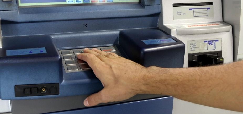 [Codecon autua onze agências bancárias de Salvador]