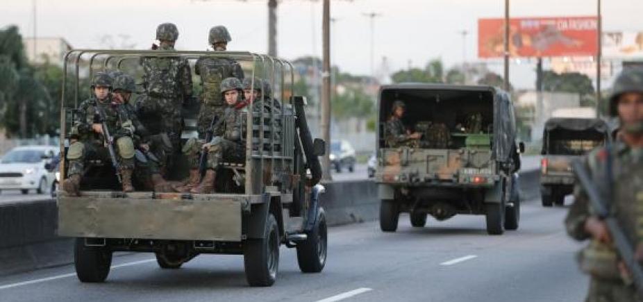 [Por falta de recursos, ações de segurança das Forças Armadas são suspensas no RJ ]