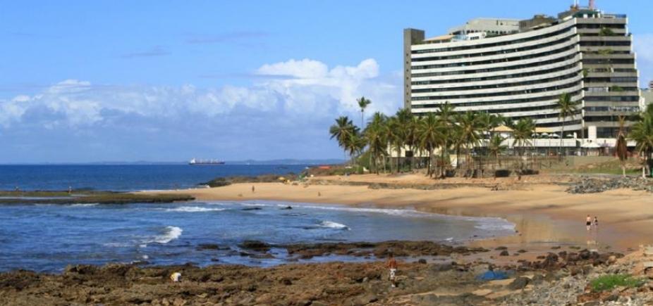 [Saiba quais praias estão impróprias para banho neste fim de semana em Salvador]