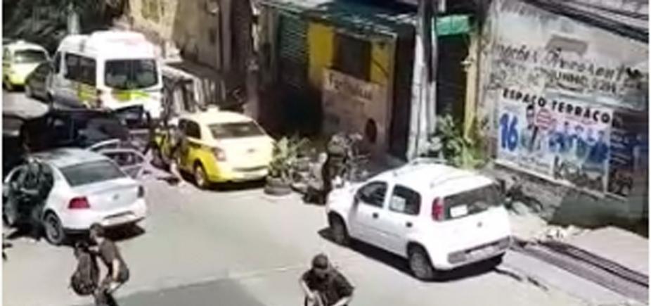 [Tiroteio leva pânico para favela da Rocinha, no Rio de Janeiro]