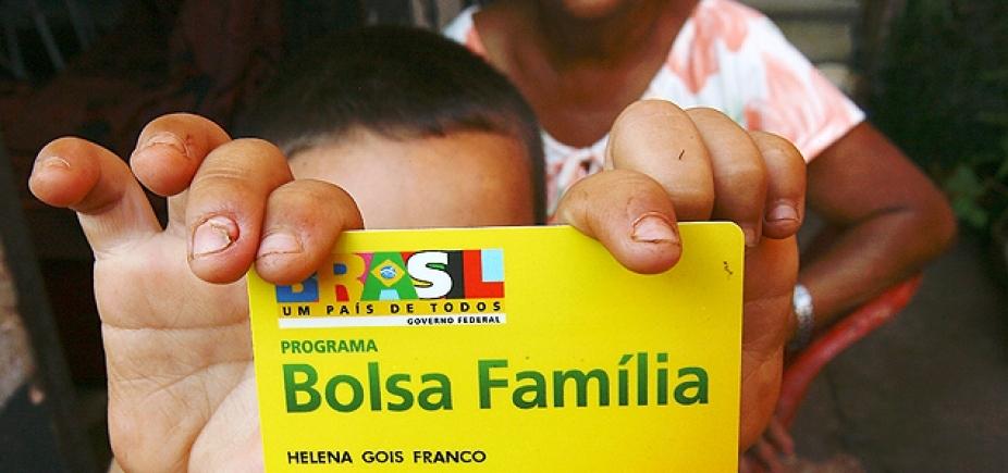 [Com 543 mil famílias a menos, Bolsa Família tem a maior redução mensal da história]