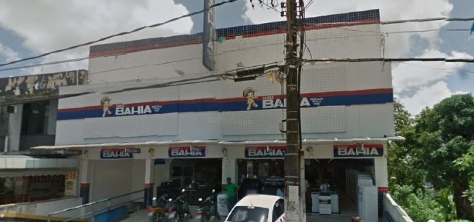 [Grupo leva celulares e TVs após invadir loja das Casas Bahia em Candeias ]