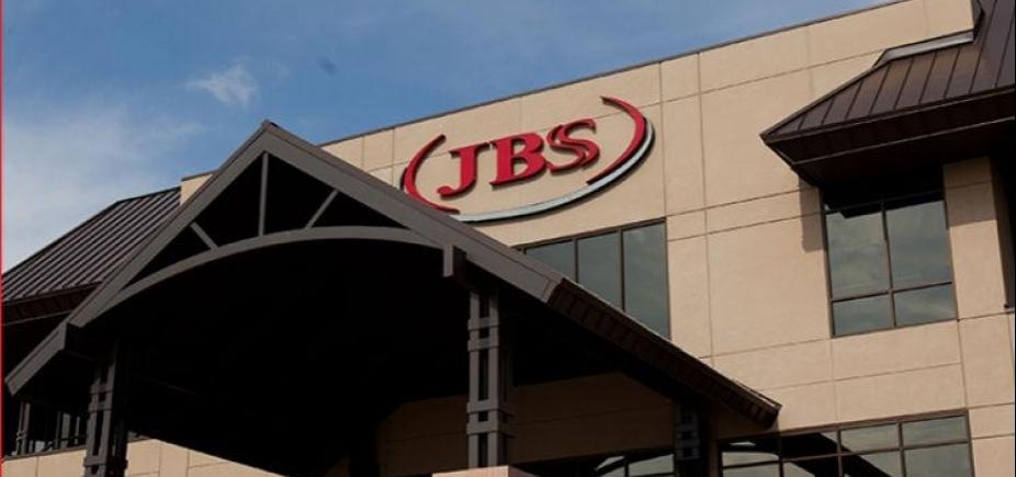 [JBS perde quase R$ 1 bilhão em valor de mercado após volta de fundador ao comando da empresa]