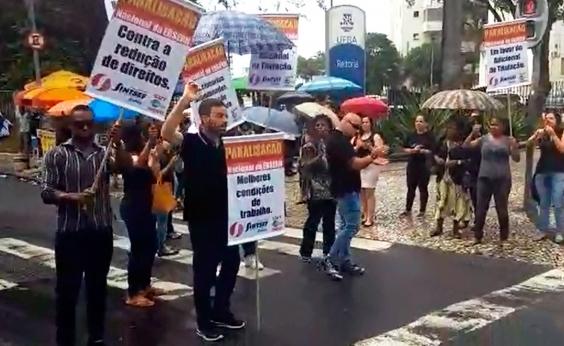 Funcionários do Hospital das Clínicas e da Maternidade Climério de Oliveira paralisam atividades