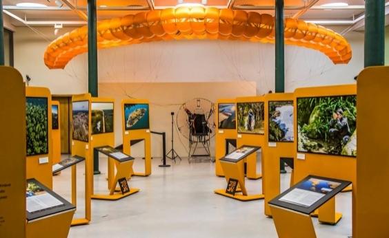 Exposição Pelos Ares: 15.042 km de Brasil está em cartaz na Caixa Cultural Salvador; veja