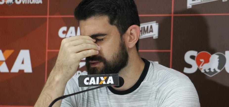 [Fernando Miguel se emociona ao falar do nascimento da filha: \