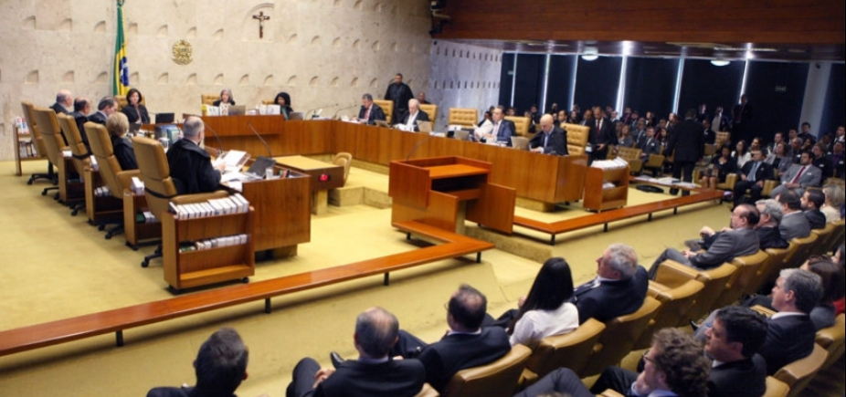 [Moraes vota pelo envio de denúncia sobre Temer à Câmara; sessão é suspensa para intervalo]