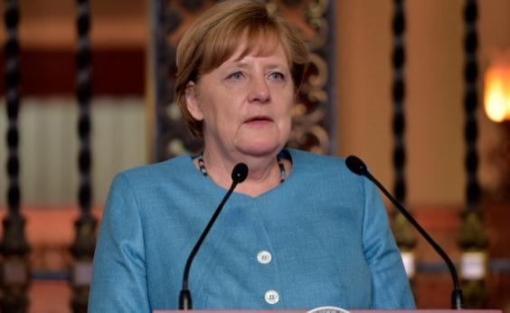 Condenando ameaças de Trump contra Coreia do Norte, Merkel diz que solução militar é inapropriada