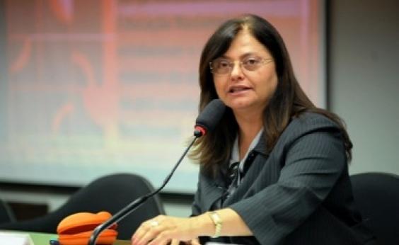 Alice Portugal diz estar convicta de que a Câmara acate denúncia contra Temer